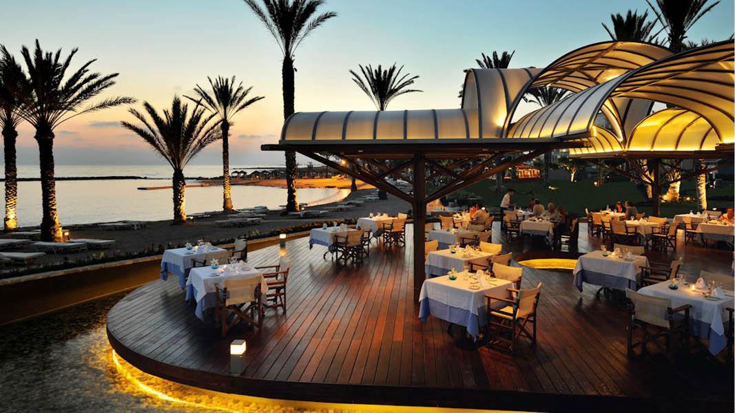 Pioneer Beach Hotel, Cypern