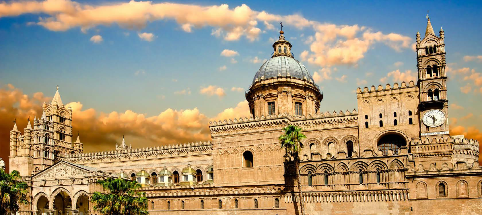 Katedralen i Palermo på Sicilien, Italien